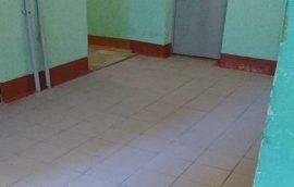 Замена напольной плитки на первом этаже дома по адресу ул. Целинная, 23
