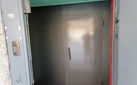 Замена тамбурной двери в подъезде №2 дома по адресу ул. Чехова,14
