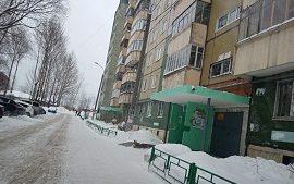 Очистка придомовых территорий и кровли домов от снега