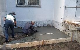 Бетонирование отмостки дома по адресу ул. Хрустальная, 28