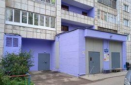 Покраска входной группы и внешних лестничных маршей дома по адресуул. Хрустальная, 32