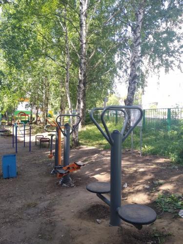 Установка спортивного оборудования на придомовой территории